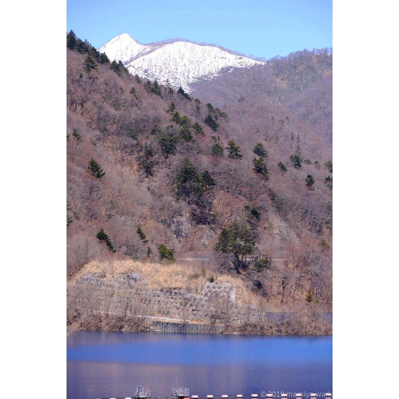 奥に雪山2